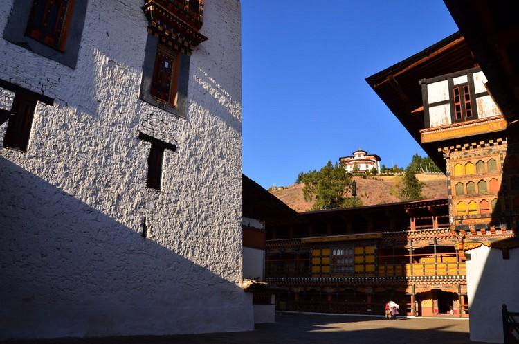 Paro Dzong 山上是 Ta Dzong 不丹博物馆。