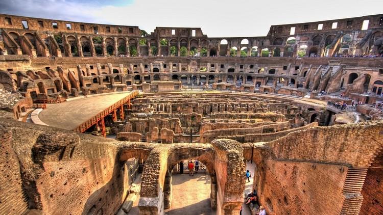 罗马斗兽场,世界七大奇观。