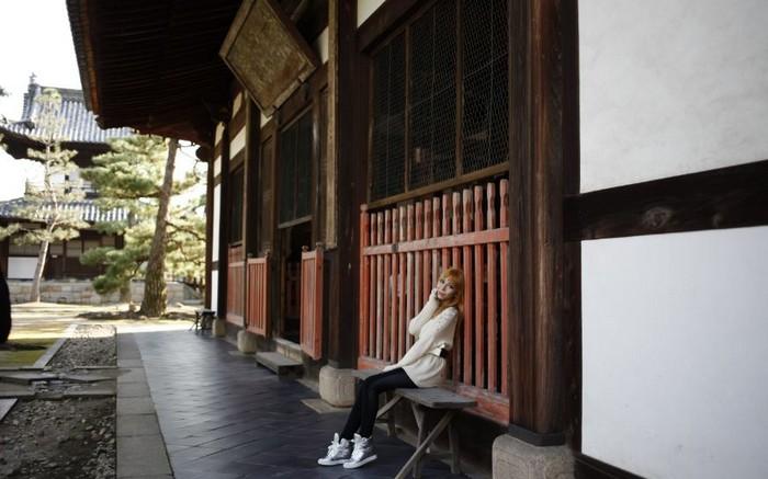 清水寺仁王门前整条的商店街裡有很多有特色的小商店,可以买到京都特产,纪念品。