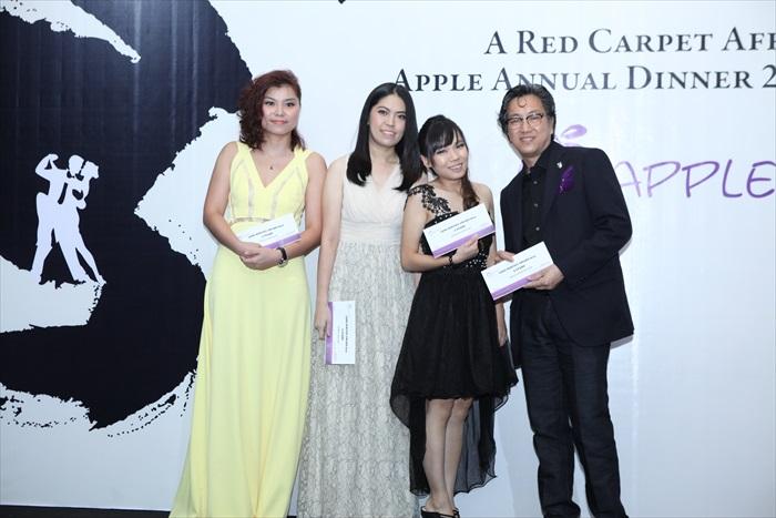 Long-Service-Award-5-years-Angel-LamASIA-SALES-Chong-Chia-SynACCT-Chloye-LaiKANAN-Apple-OonASIA-OP