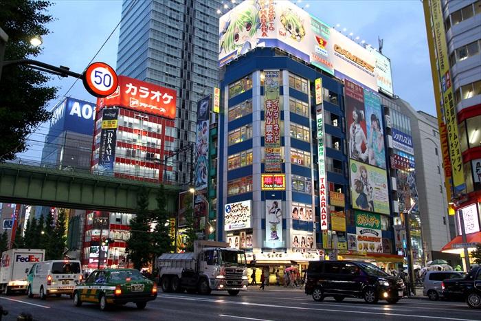 秋叶原(Akihabara)是动漫迷的天堂