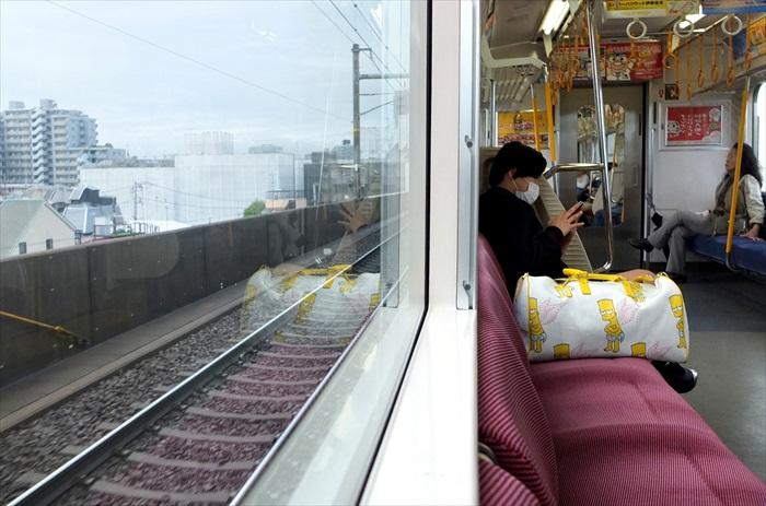 乘搭铁路交通前往各处