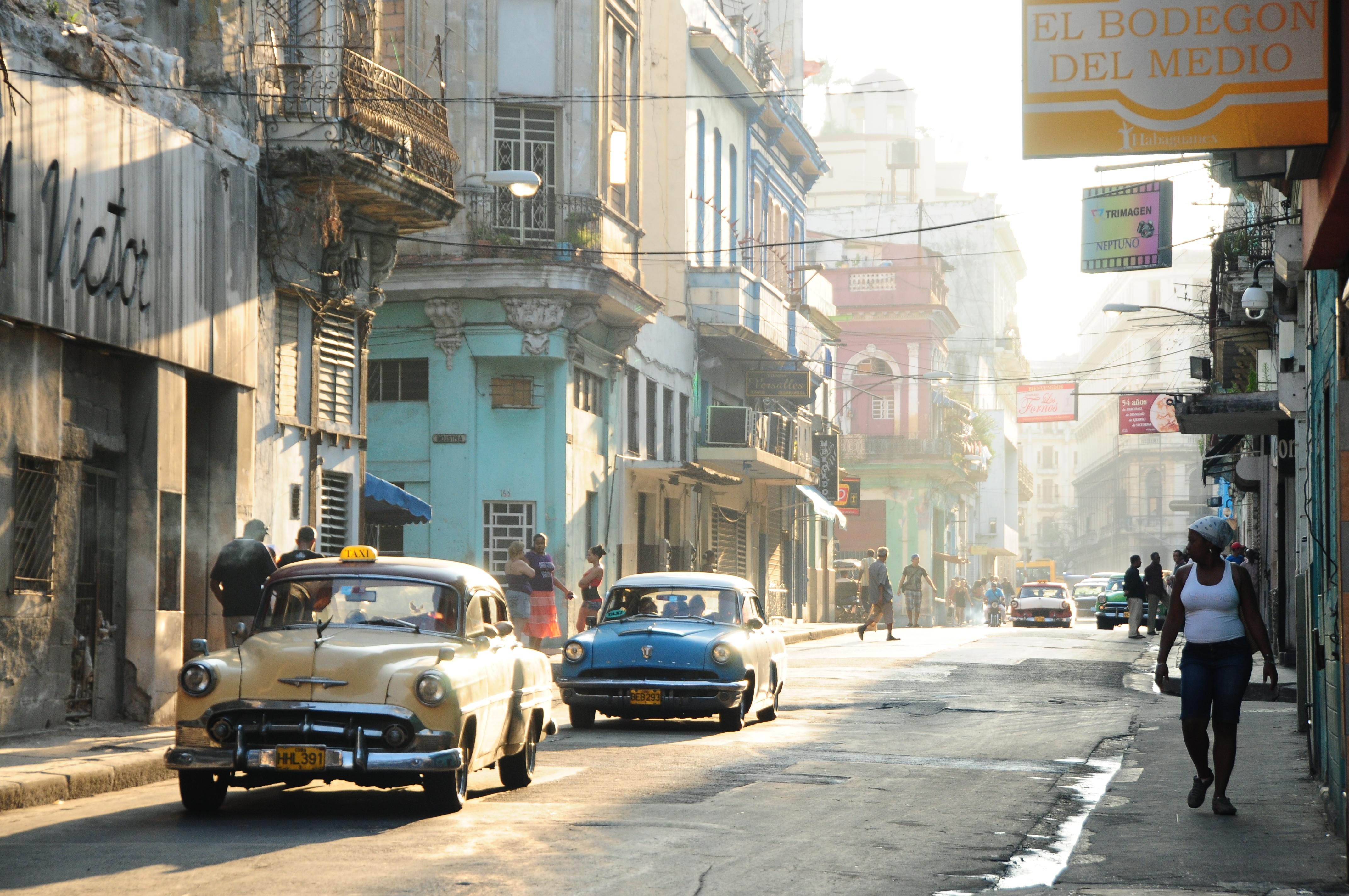 赴一次老爷车巡礼 – La Habana, Cuba