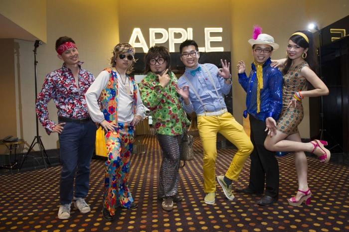 搞怪和夸张是难不倒蘋果人的。