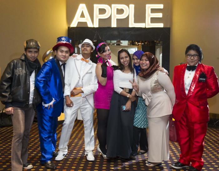 蘋果穆斯林也盛装出席!