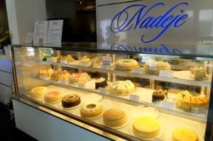 Nadeje Café千层蛋糕。