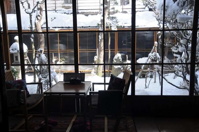 飞弹高山老街里有改为咖啡馆的房屋,有日式庭院景观,非常迷人。