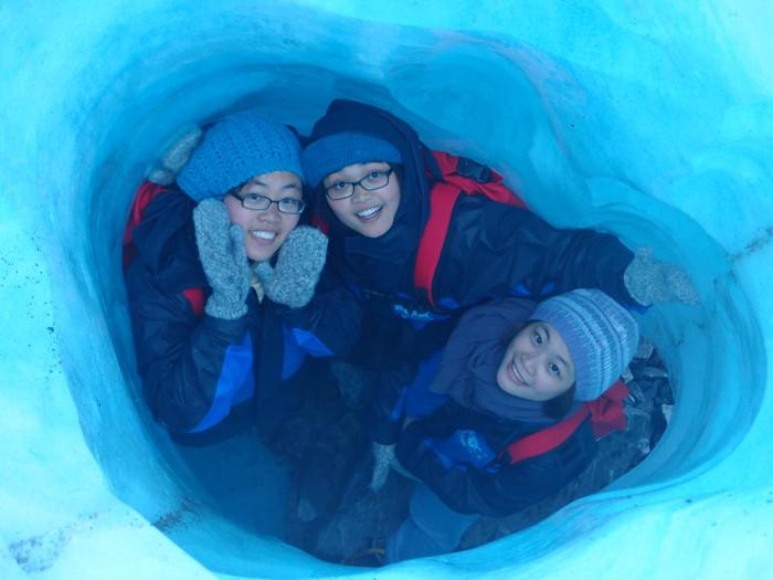 我们在著名的霍士冰川(Fox Glacier)玩捉迷藏。