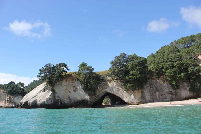 """我来到电影《纳尼亚传奇2:凯斯宾王子》 这片绮丽的海岸,见证这座""""拱门"""",原来它们真实地存在着,于科罗曼德尔半岛上。"""