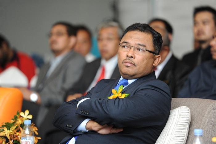 马六甲首席部长拿督斯里依德利斯哈伦(YAB Datuk Seri Ir. Hj Idris bin Hj Haron)