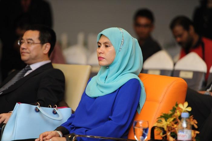 YABhg Datin Seri Utama Rosmah Mansor