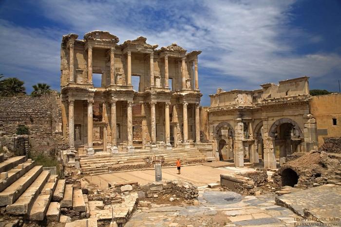 塞尔萨斯图书馆(Celsus Library)
