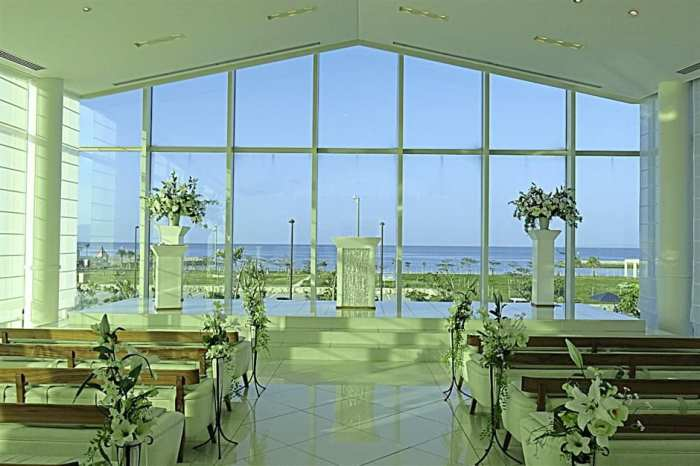 The serene SeaShell Blue Chapel, located at the Southern Beach Hotel & Resort next to Bibi Beach Itoman.