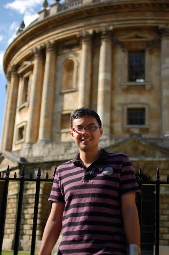 在英国牛津参观最古典的大学,充满活力的市镇与哈利波特食堂。