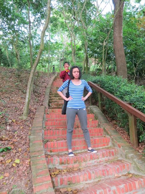 导览员边攀梯边解说还脸不红气不喘,而我...看来运动量还得大大提升。