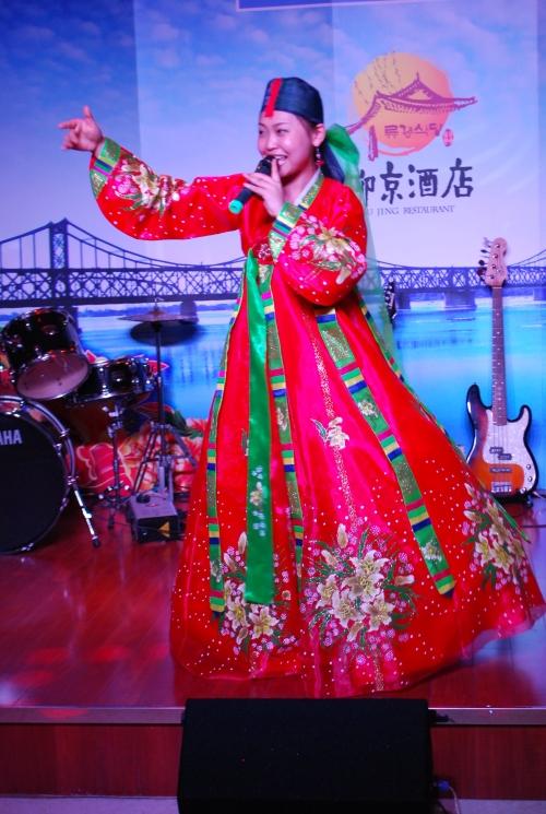 朝鲜歌舞表演 3