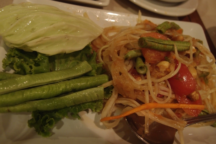 芒果生菜沙拉,口感很清爽哟!