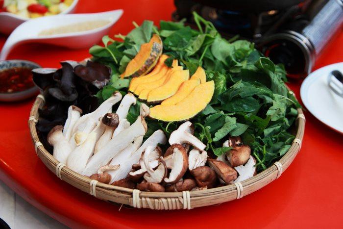 山菜涮涮锅