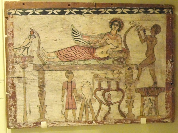 Coffin_floorboard_depicting_Isis_being_served_wine_by_the_de