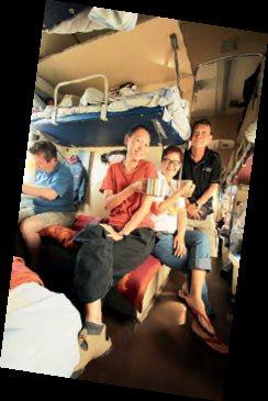 西伯利亚列车,带领林悦和其团友横跨欧亚大陆。