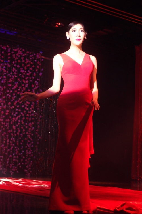 姿态高贵的变性人,几乎接近完美女人的地步了...