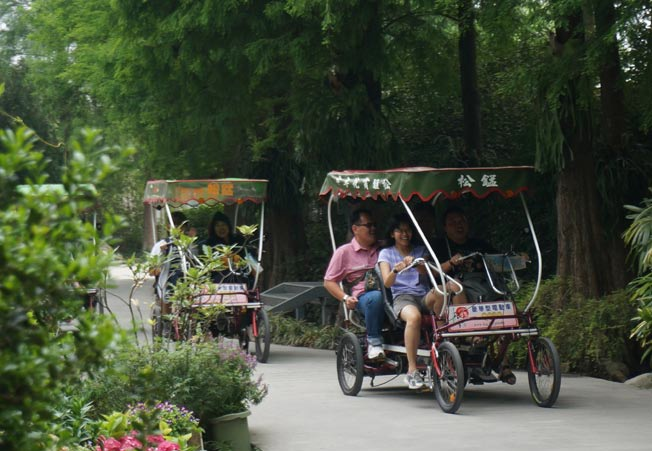 骑脚踏车是来到田尾乡最惬意的活动。