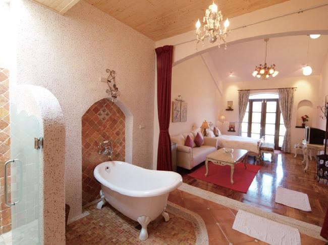 雍容华贵的房间设计给您至高的享受。