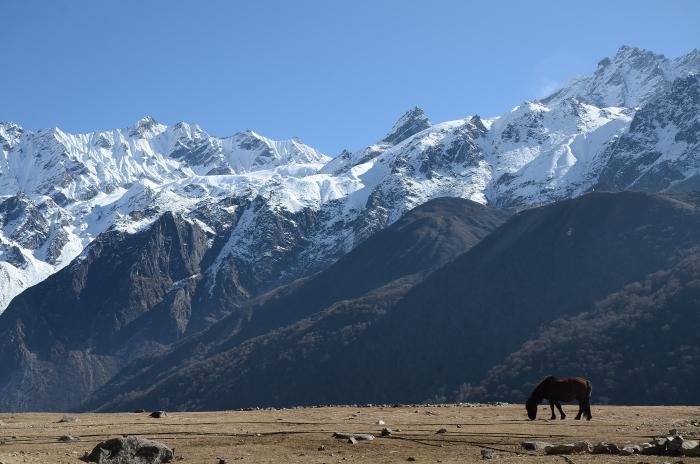 景色优美的蓝塘山谷,沉默的山有一股神秘力量。