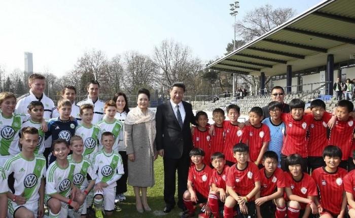 中国把青少年足球队送往德国培训