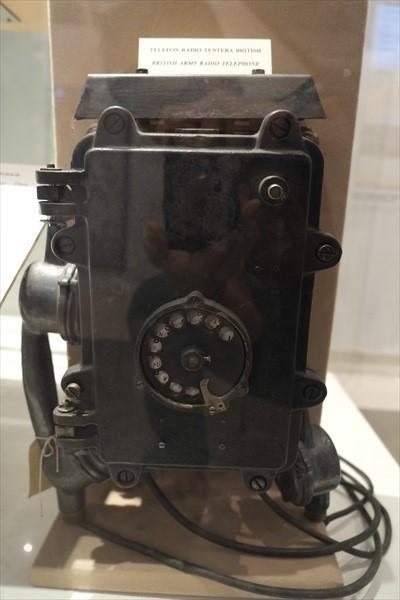 英军时代的广播电话。