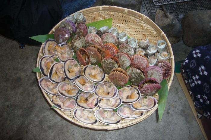 海女所捕捉的海鲜贝类。