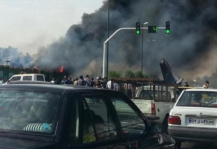 据伊朗国家通讯社确认,发生事故客机属于伊朗塞伯汉航空公司(Sepahan Airlines),为一架IrAn-141小型客机。