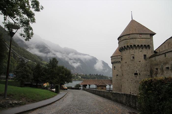 西庸城堡,重视瑞士中世纪面貌,了解北京故事再去参观,会有更大的收获。