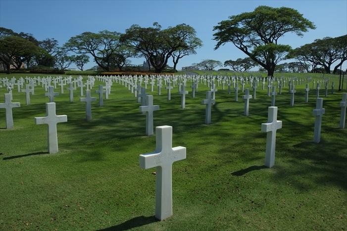 每一个十字架都是一个为二战牺牲的军士