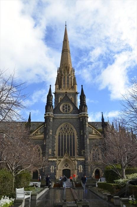 神圣庄严的圣柏特力教堂(St. Patricks Cathedral)。