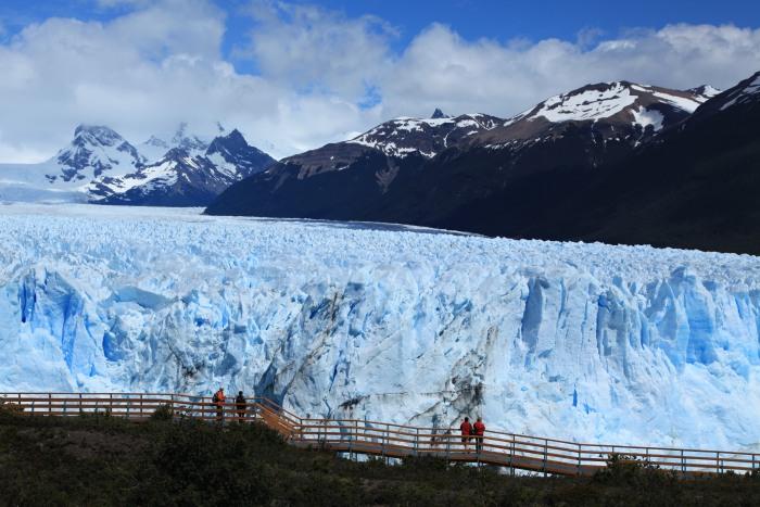 要看冰川坍塌难得的景象,一切都要看时机和缘分...