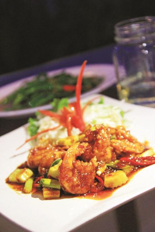 三味炸虾口味带酸甜,浆汁非常入味,虾肉也新鲜爽口。