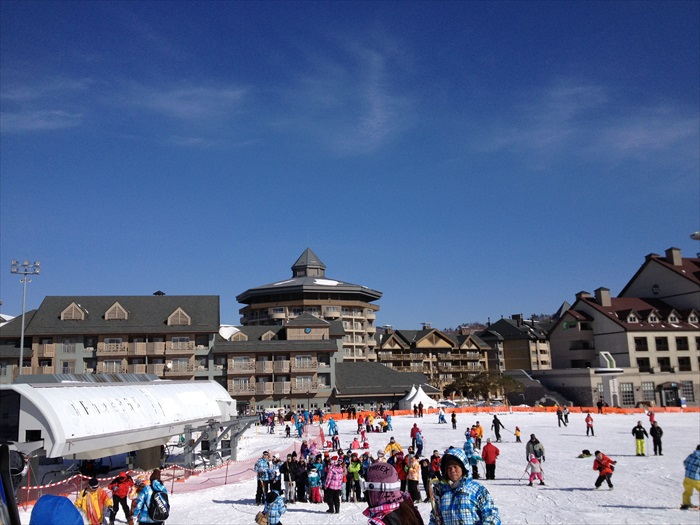 虽在冬天一房难求,但蘋果旅遊能够确保你入住Alpensia滑雪度假村。