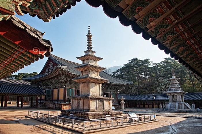 佛国寺是世界文化遗产之一,非常值得一游。