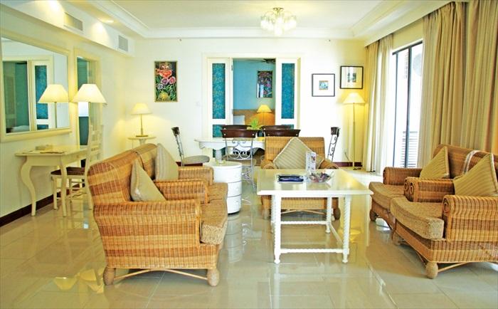 """设计简单却宽大舒适的客厅,非常有""""家""""的感觉。"""