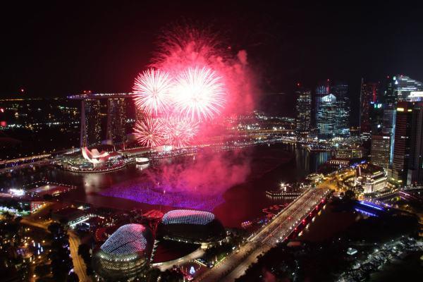 fireworks 600