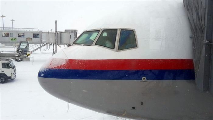 因大风雪而无法直飞回马的蘋果包機航班MH8539,昨晚顺利抵达东京成田机场并入住成田机场酒店。