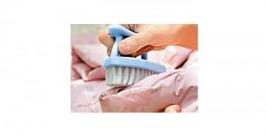 局部清洗能将洗涤对羽绒的伤害减至最低。